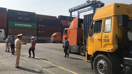 T.p Hồ Chí Minh: Phát hiện ba tài xế xe container dương tính ma túy