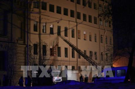 Sập nhà tại thành phố St. Petersburg