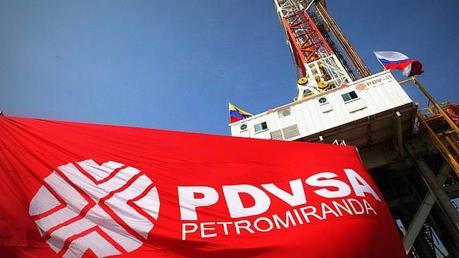 Gazprombank phong toả tài khoản tập đoàn dầu khí quốc gia Venezuela