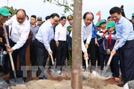 """Thủ tướng Nguyễn Xuân Phúc phát động """"Tết trồng cây đời đời nhớ ơn Bác Hồ"""""""