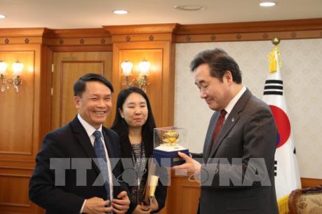 Đoàn đại biểu TTXVN thăm và làm việc tại Hàn Quốc