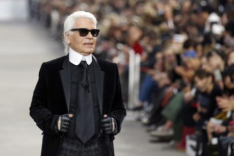 Biểu tượng ngành thời trang thế giới Karl Lagerfeld qua đời