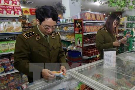 Hà Nội thêm 6 tuyến phố an toàn thực phẩm có kiểm soát