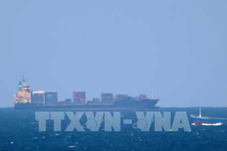 Tehran dọa đóng cửa eo biển Hormuz nếu xuất khẩu dầu mỏ bị cản trở