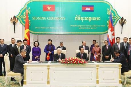 Vietnam Airlines và Bộ Du lịch Campuchia hợp tác phát triển du lịch