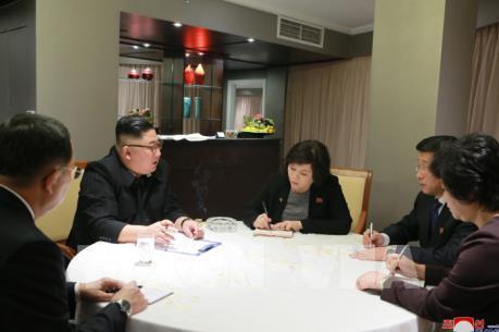 Thượng đỉnh Mỹ - Triều lần 2: Chủ tịch Triều Tiên họp chiến lược với các nhà đàm phán