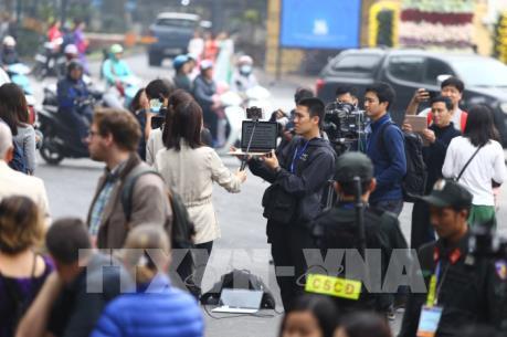 Thượng đỉnh Mỹ-Triều 2019: Phóng viên túc trực quanh khách sạn Metropole