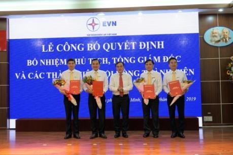 Bổ nhiệm Chủ tịch và các thành viên Hội đồng thành viên EVNSPC