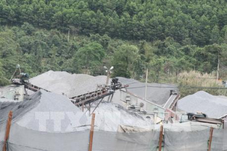 Thái Nguyên: Mỏ đá Phú Lương đang gây ô nhiễm môi trường nặng
