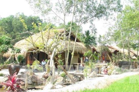 Xây dựng trái phép khu nghỉ dưỡng trong rừng phòng hộ