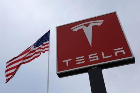 Tesla là hãng ô tô có giá trị vốn hóa thị trường lớn nhất của Mỹ