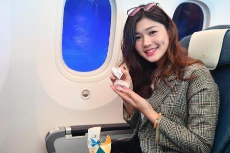 Không khí đặc biệt trên các chuyến bay Vietnam Airlines ngày Quốc tế Phụ nữ