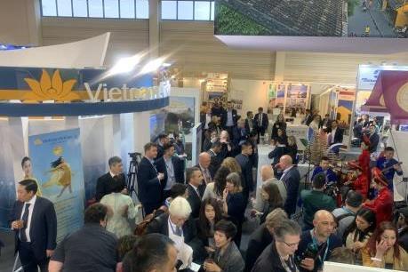 Vietnam Airlines quảng bá du lịch tại Hội chợ Du lịch quốc tế Boerse