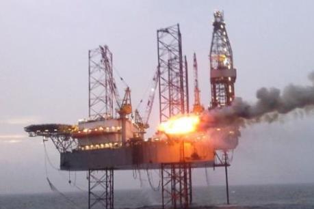 Vietsovpetro đón dòng dầu đầu tiên từ mỏ Cá Tầm