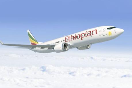 Máy bay chở hơn 150 người gặp nạn, nhiều người thiệt mạng