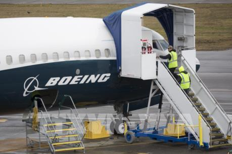 """Cổ phiếu Boeing tiếp tục lao dốc sau làn sóng """"cấm cửa"""" từ nhiều quốc gia"""