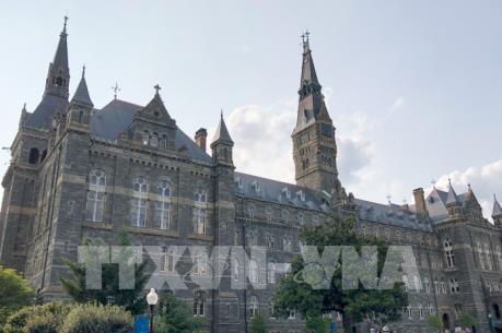 Bê bối tuyển sinh đại học Mỹ: Nhiều nghi phạm trình diện tòa