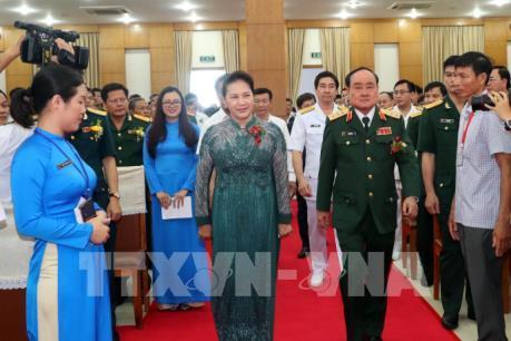 Chủ tịch Quốc hội dự Lễ kỷ niệm 30 năm ngày truyền thống Tổng công ty Tân Cảng Sài Gòn
