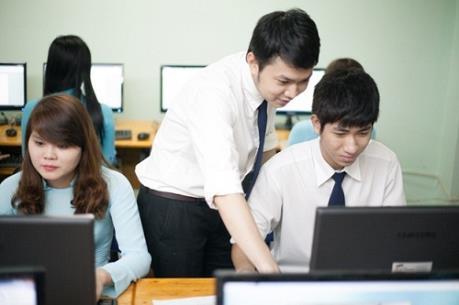 Singapore sẽ hỗ trợ khoảng 100 suất học bổng cho sinh viên Việt trong lĩnh vực công nghệ