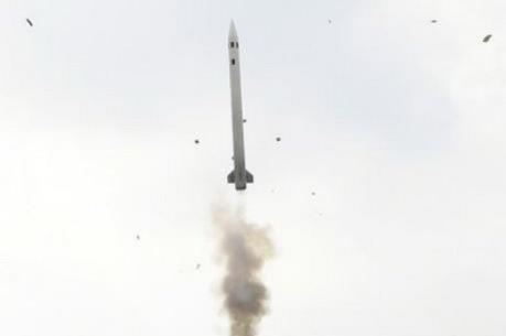 Hàn Quốc phóng nhầm một tên lửa tầm trung Cheongung