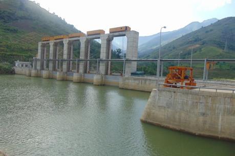 Thông tin chính thức về việc làm đường ảnh hưởng đến Thủy điện Tả Thàng