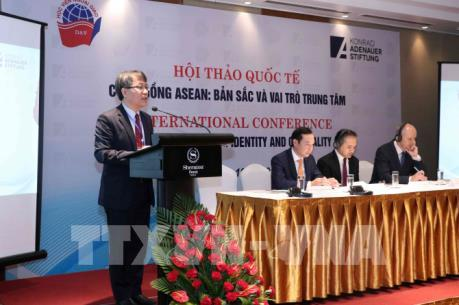 Bản sắc và vai trò trung tâm của Cộng đồng ASEAN