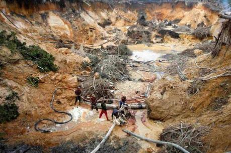 Mỹ áp đặt biện pháp trừng phạt mới với công ty khai mỏ quốc doanh Venezuela