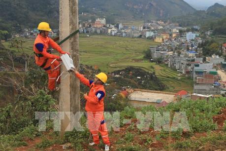 9 xã biên giới huyện Nam Giang (Quảng Nam) được đóng điện trở lại