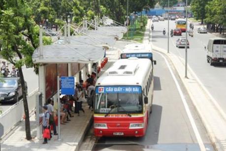 Phát triển xe buýt ở Hà Nội - Bài 1: Những thách thức