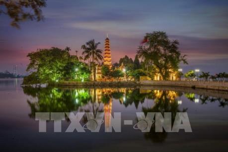 Chùa Trấn Quốc lọt top 10 chùa đẹp nhất thế giới