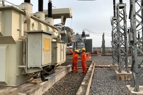 Điện lực miền Trung đầu tư hơn 7.300 tỷ đồng xây dựng lưới điện