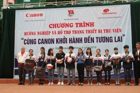 Canon Việt Nam hướng nghiệp cho học sinh THPT 5 tỉnh miền Bắc