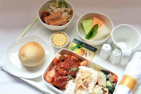 Đặc sản dưa lưới và thanh long lên chuyến bay của Vietnam Airlines