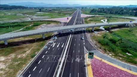 Khởi công đường cao tốc Vân Đồn – Móng Cái