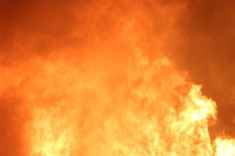 Cháy nhà ba tầng ở trung tâm thành phố Đà Lạt