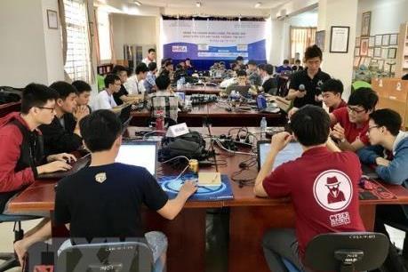 Gắn kết nhà trường và doanh nghiệp để tạo nguồn nhân lực 4.0