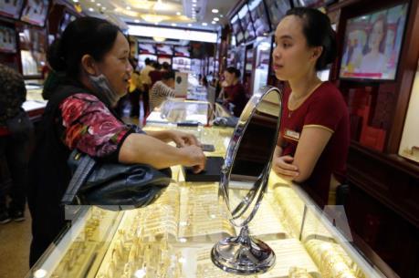 Giá vàng trong nước sáng 19/8 giảm 250.000 đồng/lượng