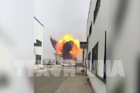 Nổ nhà máy hóa chất của Formosa làm hơn 10.000 người đã phải sơ tán