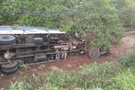 Thêm một vụ tai nạn trên Quốc lộ 20 làm 4 người phải đi cấp cứu