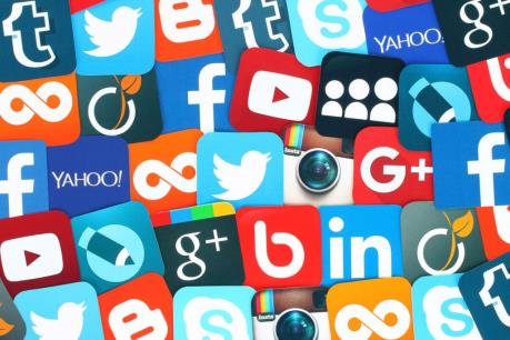 Image result for Anh đề xuất loạt quy định siết chặt quản lý mạng xã hội
