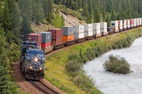 Thủ tướng có ý kiến về định hướng phát triển vận tải đường sắt
