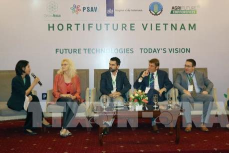 Bàn hợp tác trong trồng trọt giữa Hà Lan và Việt Nam