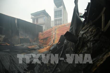 Cháy lớn nghiêm trọng tại phường Trung Văn, quận Nam Từ Liêm làm 8 người chết và mất tích