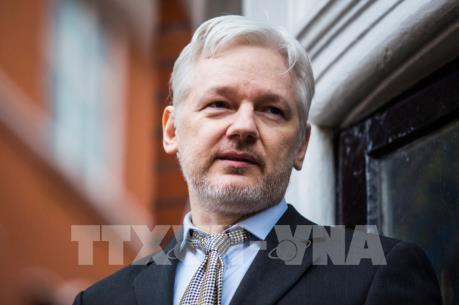 Anh hoãn phiên tòa giai đoạn 2 về xem xét dẫn độ nhà sáng lập WikiLeaks sang Mỹ