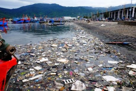 Xử lý ô nhiễm môi trường tại âu thuyền và cảng cá Thọ Quang