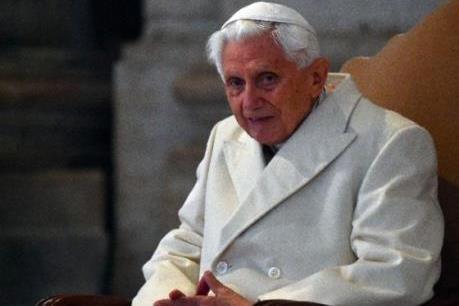 Cựu Giáo hoàng Benedict nói về Giáo hội và bê bối lạm dụng tình dục