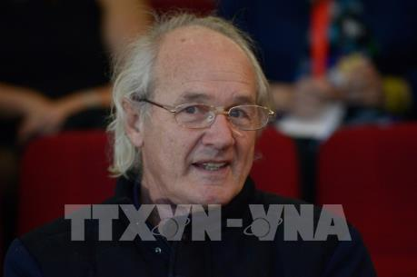 Vụ bắt nhà sáng lập WikiLeaks: Cha của Assange kêu gọi Australia can thiệp