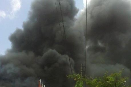 Xảy ra cháy tại Khu công nghiệp Đình Trám (Bắc Giang)