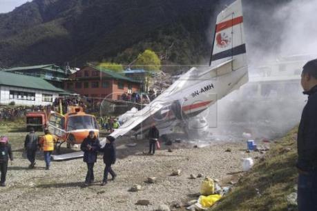 Tai nạn máy bay tại sân bay Nepal