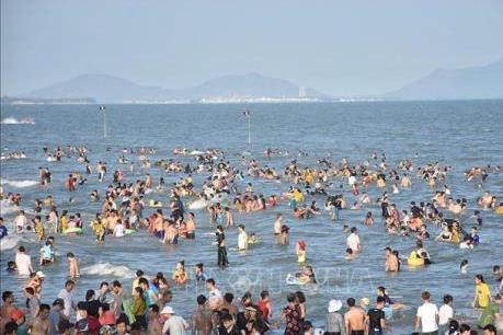 Gần 140.000 lượt khách đến Vũng Tàu dịp Giỗ tổ Hùng Vương